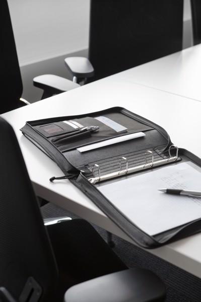 Polyester (600D) folder