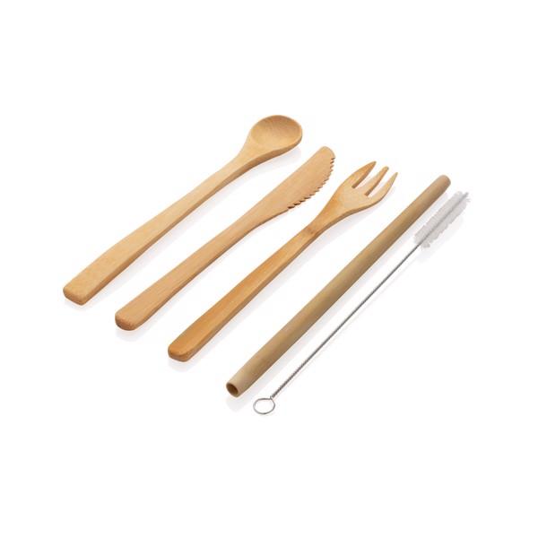 Opakovaně použitelný cestovní příbor z bambusu