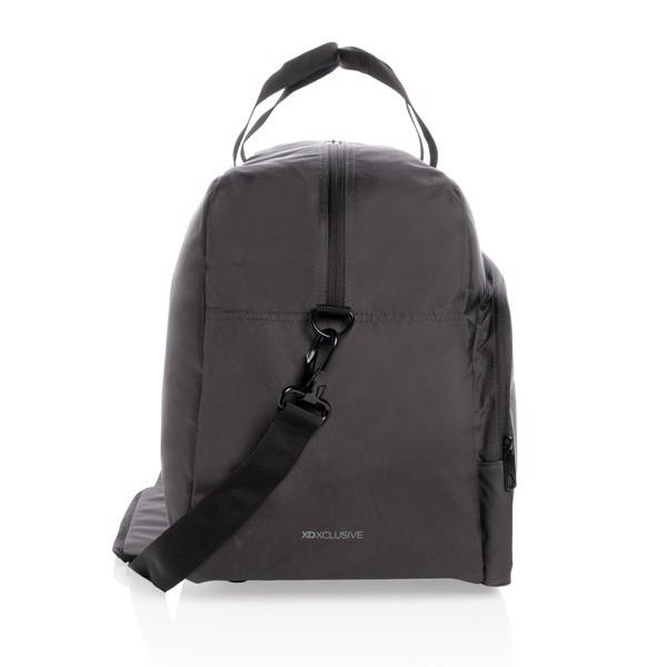 Víkendová taška Impact z RPET AWARE™ - Černá