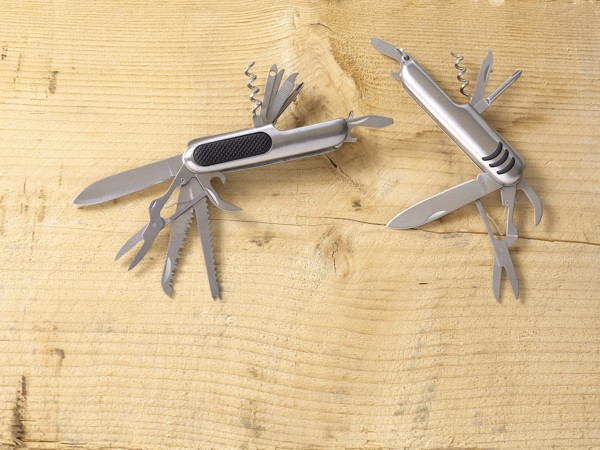 Stainless steel pocket knife