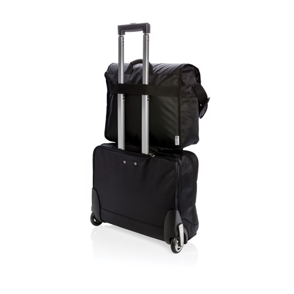 "Swiss Peak RFID messenger bag na 15"" notebook"