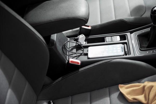 Avtomobilski USB polnilnik Lerfal – bel