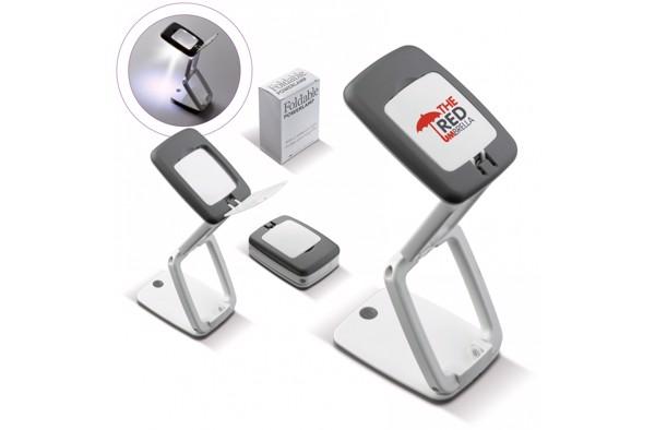 Desk lamp magnifier