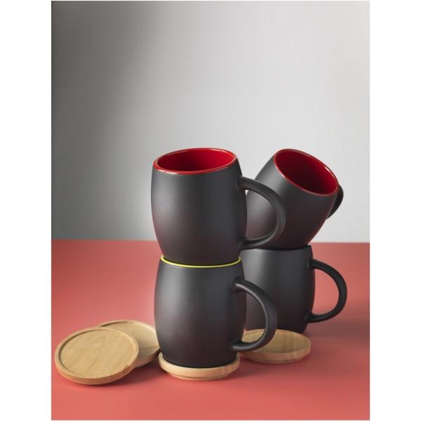 Hearth 400 ml ceramic mug with wooden coaster - Solid black / White