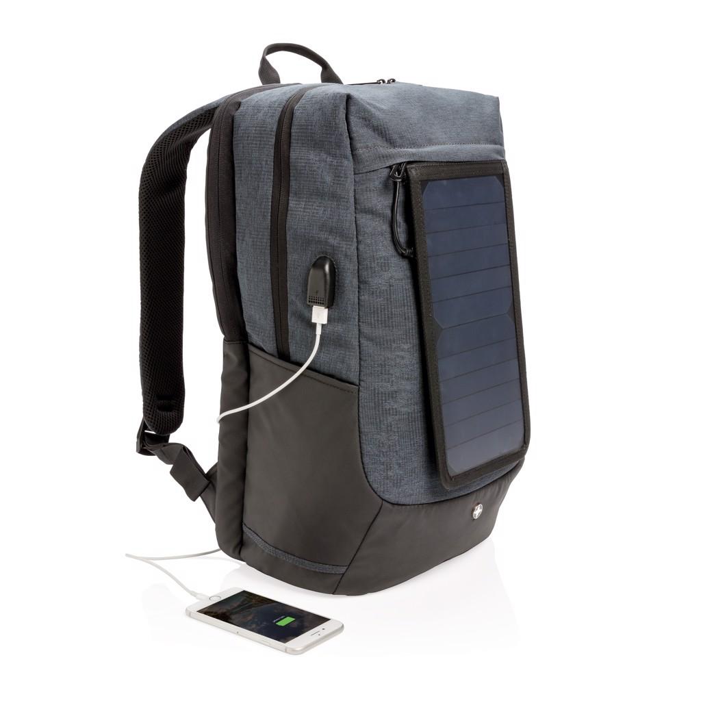 Swiss Peak napelemes hátizsák
