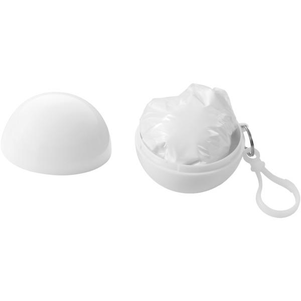 Xina Regenponcho in ballförmiger Hülle mit Schlüsselanhänger - Weiss