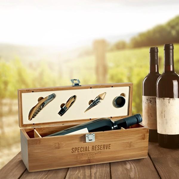 SYRAH. Wine set