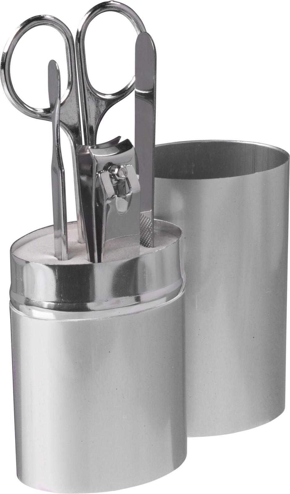 Aluminium case with manicure set