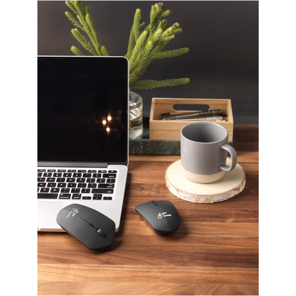 SCX.design O21 wireless charging mouse