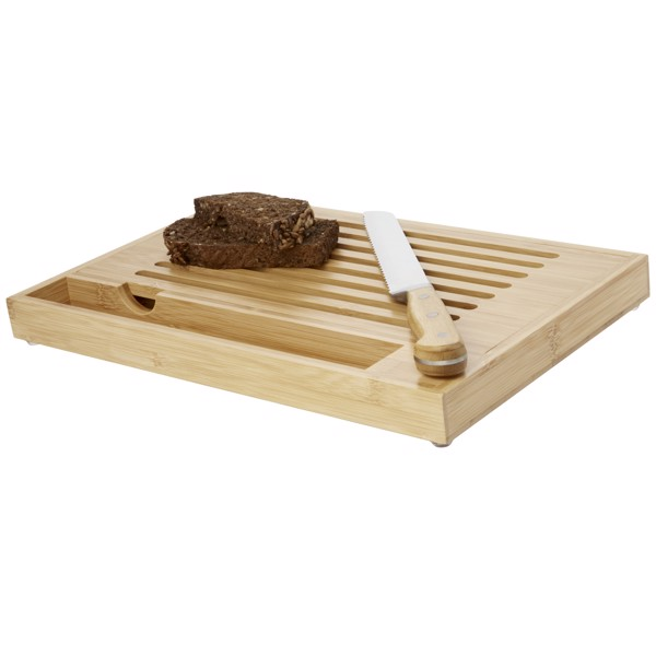 Pao bamboo cutting board with knife