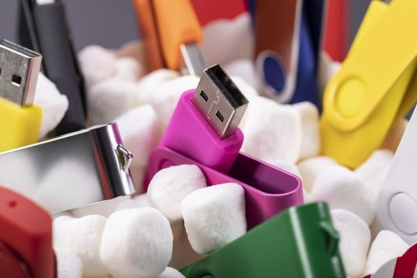 Memoria USB Rebik 16GB - Blanco
