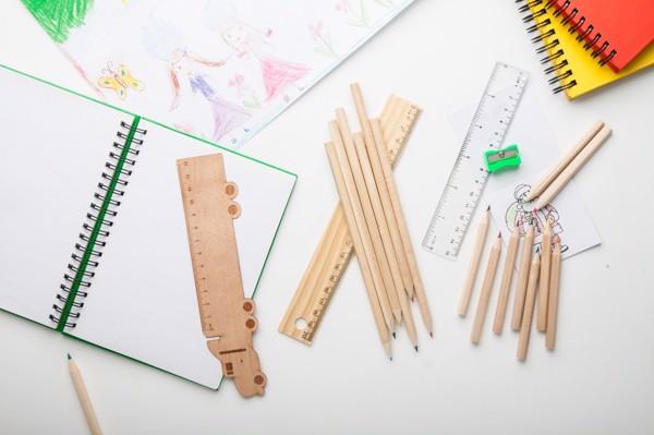 Set Creioane Colorate Dragon - Natural