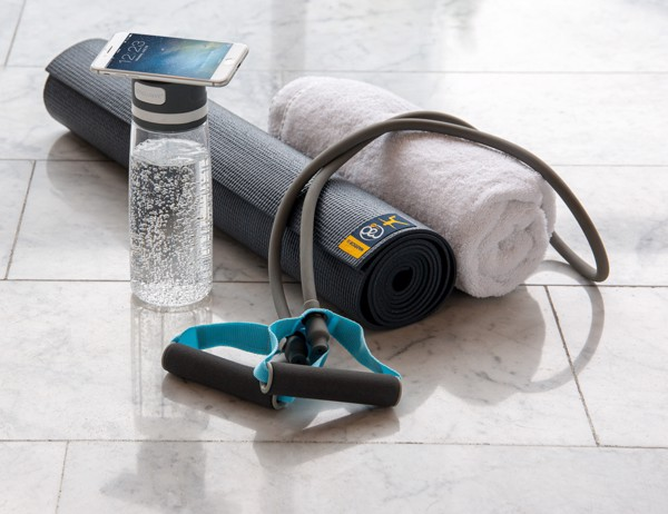 Láhev na vodu FIT s prostorem na telefon