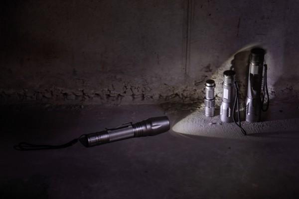 Střední CREE svítilna 3W - Šedá / Černá