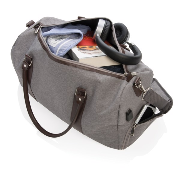 Víkendová taška sUSB výstupem - Šedá