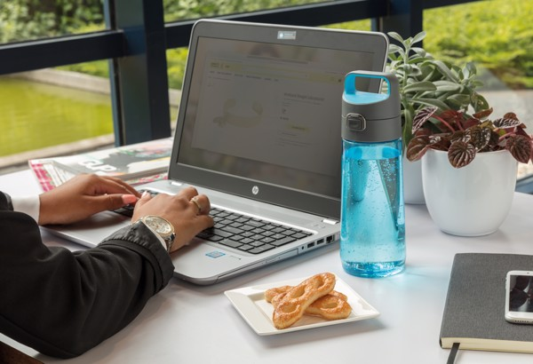 Nepropustná tritanová láhev Hydrate - Modrá / Antracitová