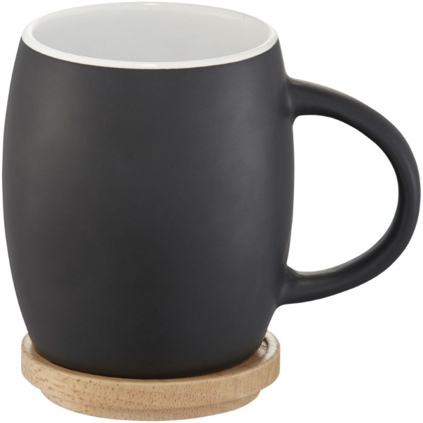 Hearth 400 ml ceramic mug with wooden coaster - Solid black / White