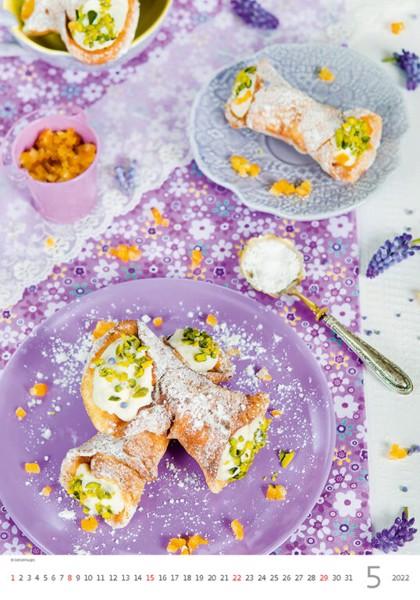 Měsíční kalendář Food Style 2022