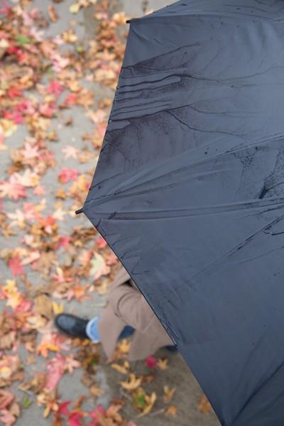 """Barevný 23"""" deštník ze sklolaminátu - Červená / Černá"""