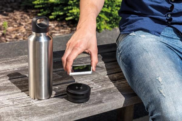 Vákuum palack vezeték nélküli töltés funkcióval