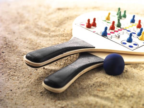 Polywood beach ball game set