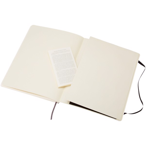 Classic XL soft cover notebook - plain - Solid black